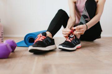 Moda fitness confortáveis para mulheres esportistas (Foto de Karolina Grabowska no Pexels)
